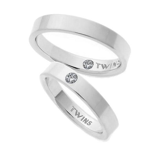 alianzas de boda planas twins de oro con diamantes gemelos